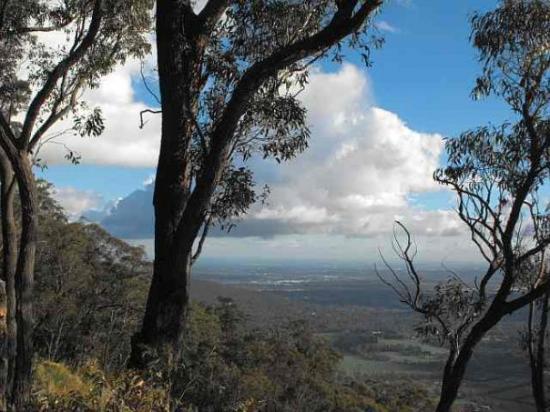 Kalorama, ออสเตรเลีย: West view