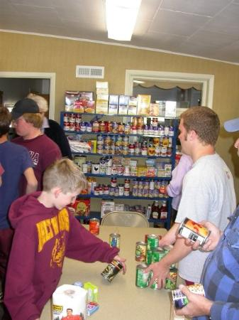 Belt, MT: Food drive