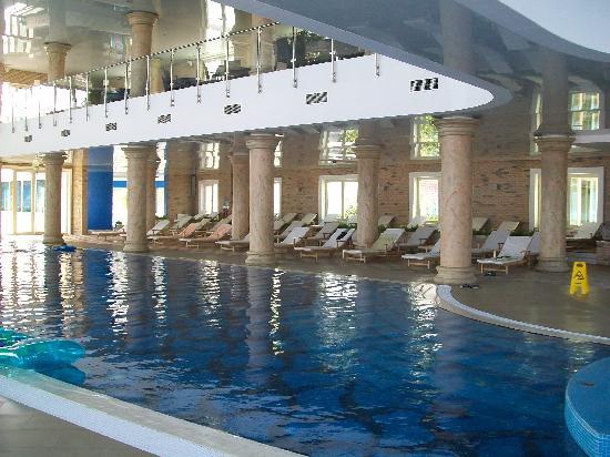 Hotel Splendid Conference & Spa Resort: Large Spa Pool