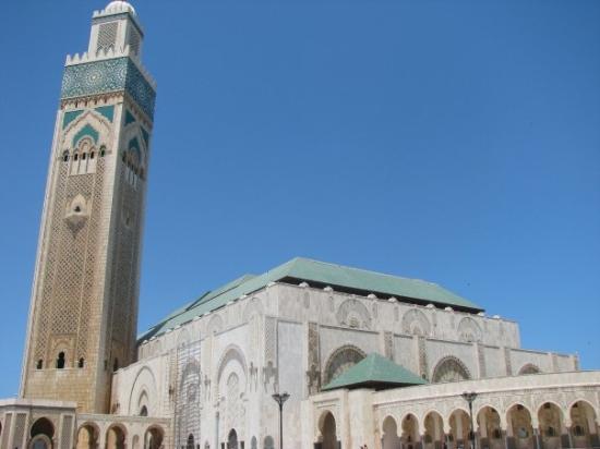 Casablanca, Maroc : This Mosque is HUGE!!!