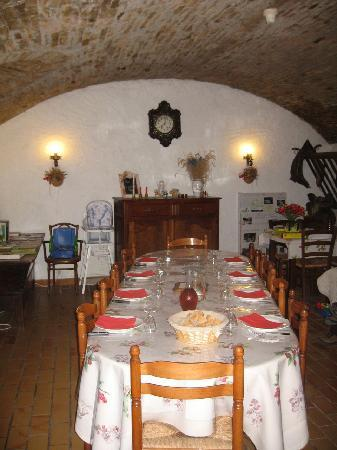 Le Moulin des Girons: The dining room