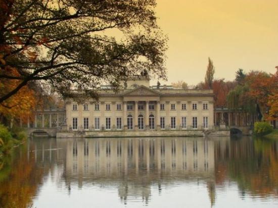 Lazienki Palace (Palac Lazienkowski) : Pałac na wodzie