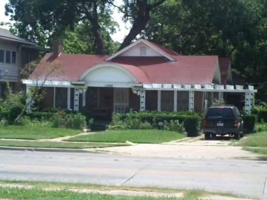 Ruth Paine's house   Lee Harvey Oswald rented a room here