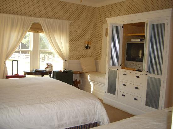 Inn at Serenbe: Bedroom Dogwood Cottage