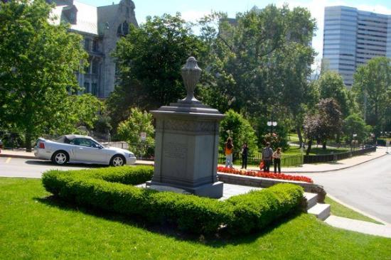 McGill University : McGill