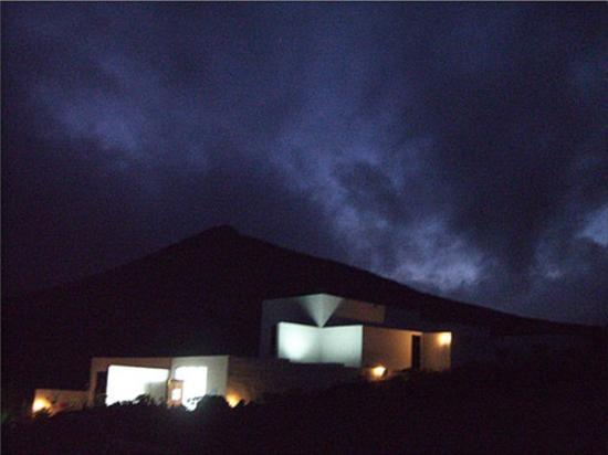 Lanzarote, Spanien: EL TALLER DE ARTE (Nocturno)