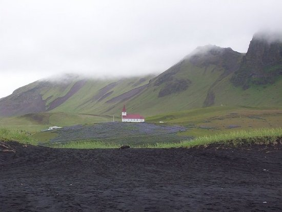 "Vik, Islandia: Vík's church.  If you're a fan of ""Lost"", you might know that this town features in part of the"