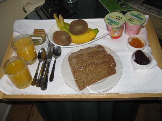 Tinode House: Our special breakfast for the last morning
