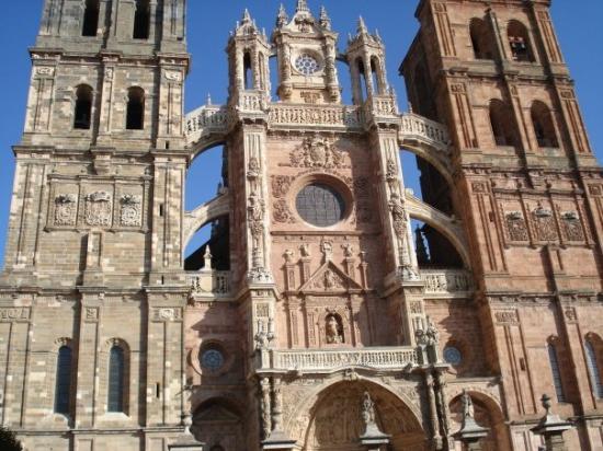 Astorga le n picture of astorga province of leon for Oficina turismo astorga