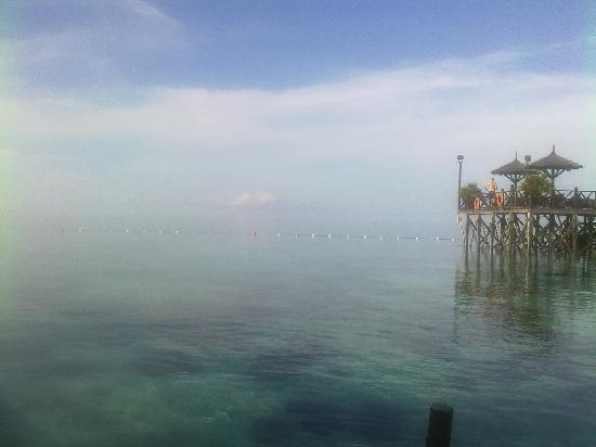 Sipadan Kapalai Dive Resort : View taken from the resort restaurant
