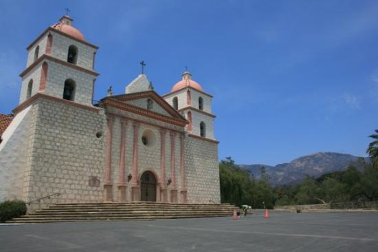 Old Mission Santa Barbara: Old mission
