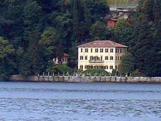 Moltrasio, villa Fontanelle già proprietà Versace ora di un magnate russo
