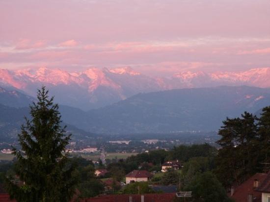 La Roche-sur-Foron, ฝรั่งเศส: Vue de notre appart, si c'est pas joli !!!