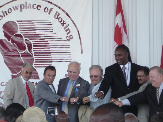International Boxing Hall of Fame: IBHOF PRESIDENT DON ACKERMAN WITH THE 2009 INDUCTEES