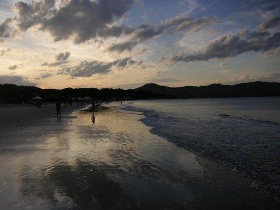 Jurere Internacional: Jurére post sunset