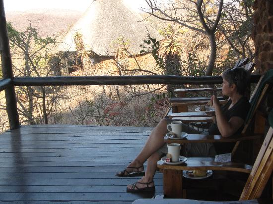 Leopard Mountain Game Lodge: the cottage terrasse