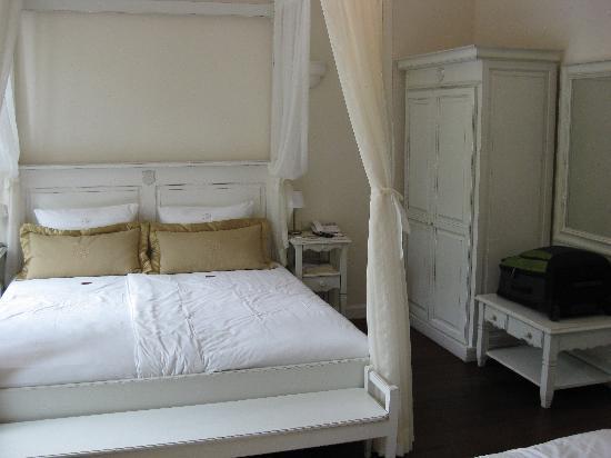 Hotel Villa Marstall: Bed