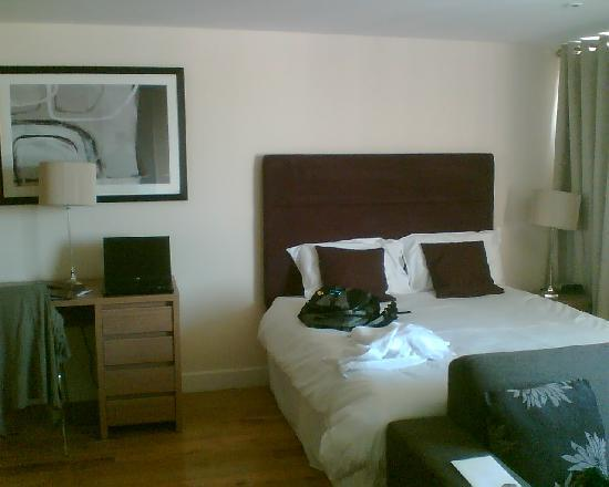 Reading Serviced Apartments: from the tv