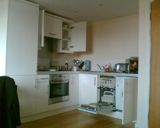 Reading Serviced Apartments: from the bed