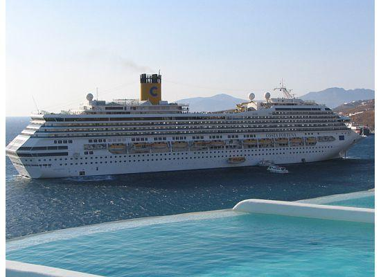 Cruise Ship  Picture Of Cavo Tagoo Mykonos Town
