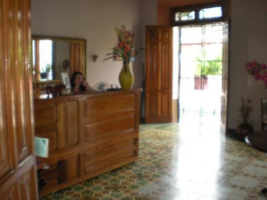 Casa San Martin: Taking a phone call
