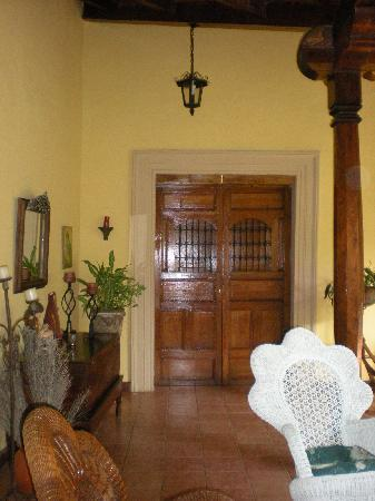 Casa San Martin: Door to one of the rooms