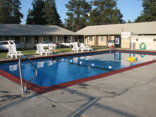Cascade Lodge: great pool