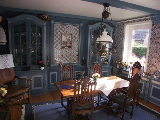Inselhotel Arfsten: Einer der schönen Frühstücksräume