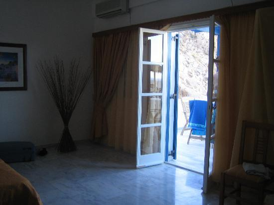 Aegean View Hotel: Double doors from the bedroom to our  balcony