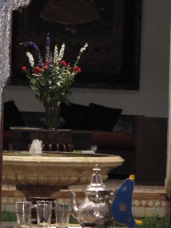 Riad Laaroussa Hotel and Spa : Thé à la menthe