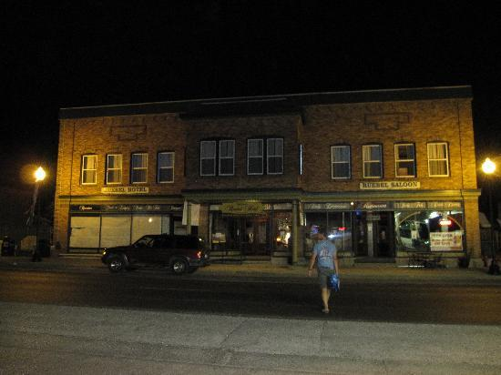 Grafton, IL: Beer-run across the street after bar is closed.