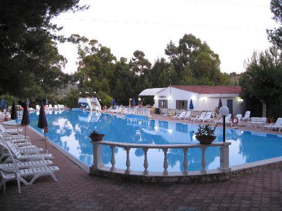 Villaggio resega resort vieste provincia di foggia prezzi 2018 e recensioni - Piscina assori foggia prezzi ...