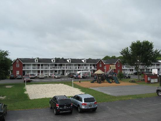 Francis Scott Key Family Resort: View from outside of room