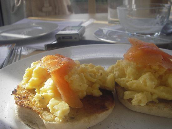 The Shoreline Guest House: Shoreline B&B breakfast
