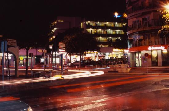 Aparthotel Rosa del Mar: Hotel - vista desde la calle
