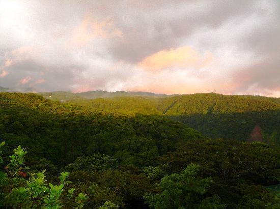 Rainbow Valley Lodge: Sunset at Rainbow Valley