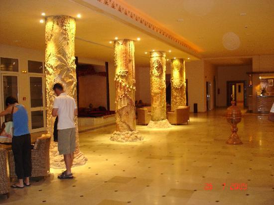 Hotel Sahara Douz: Hotel lobbie