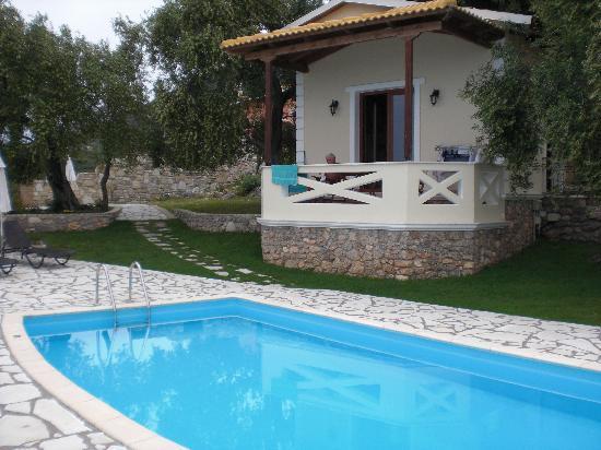 Apolis Villas & Suites Resort: apolis villas