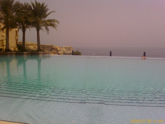 Shangri La Barr Al Jissah Resort & Spa-Al Husn: swiming pool