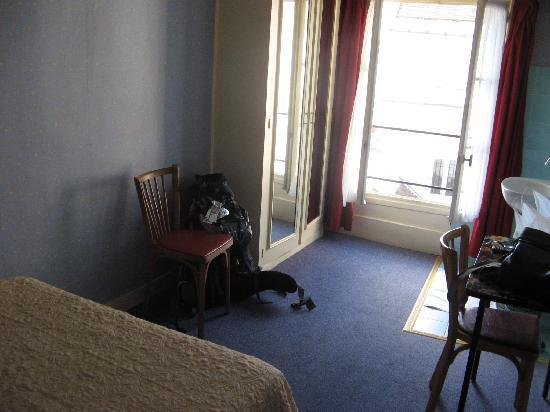 Tiquetonne: Room 37 - Sixth floor - single room - no shower - 35 euro
