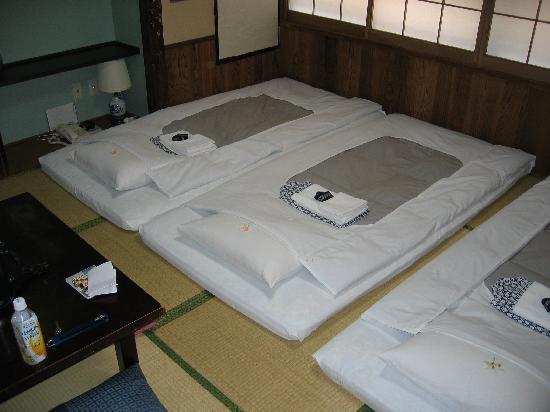 Ryokan Sawanoya : Room for three