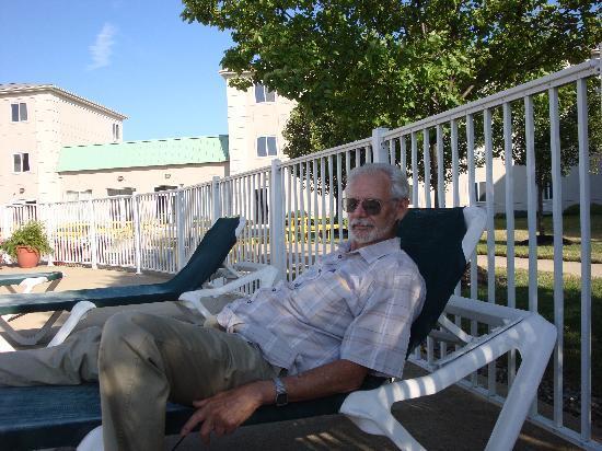 Cedar Point's Express Hotel: just relaxing