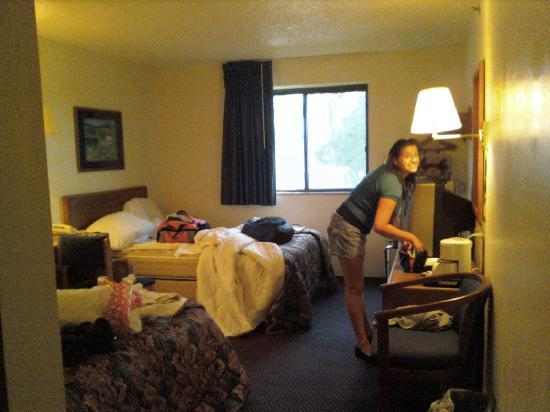 Super 8 Williamsport: Room 106