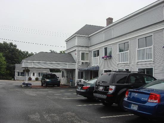 SeaCoast Inn: Hotel Front