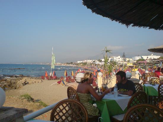 Stalis, Greece: beach road