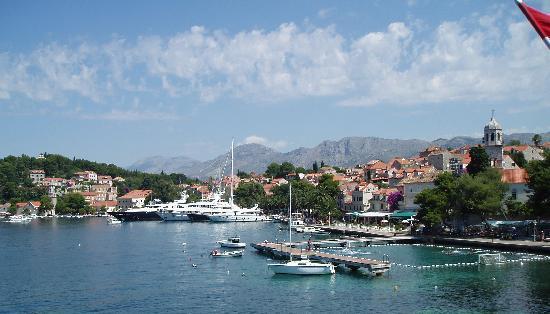 Hotel Cavtat: Cavtat harbour