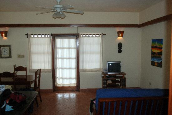 Mirasol Beach Apartment: View from bedroom door to front door