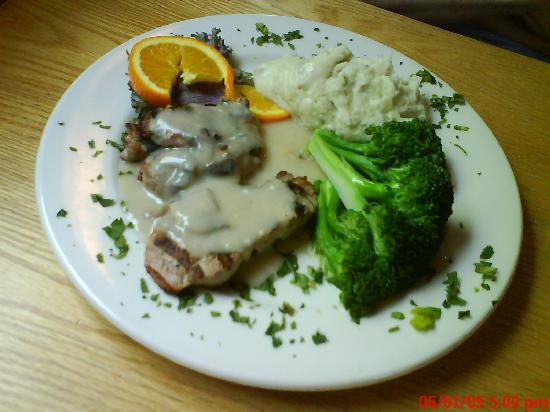 Lucas On 9: $10 loin of pork with broccoli and garlic mashed potatoes