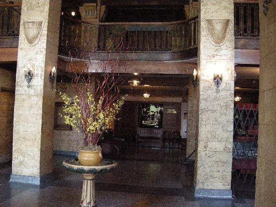 Ted's Montana Grill : Lobby of the building, Ted's is located in