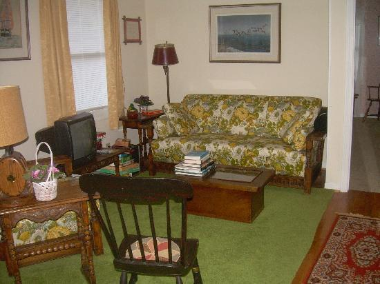 Southwyck Farm Bed and Breakfast: upstairs reading area